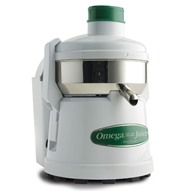 Omega - Pulp Ejector Fruit and Vegetable Juicer Model 4000